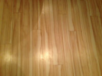 Laminate floor for sale / plancher flottant à vendre