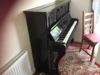 Berry upright piano. £20