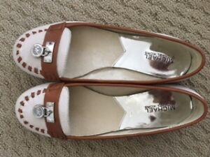 Michael Kors - Leather Flats size 8 Ladies