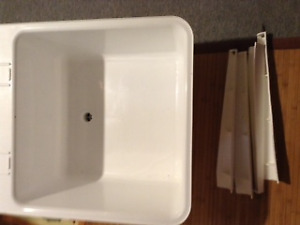 Laundry room Sink for Sale - Brand New, never used