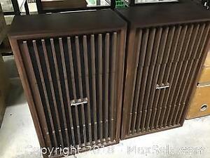 Pair of vintage 1970s Panasonic Speakers