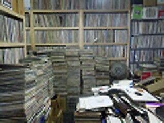 cash for records vinyl CD s memorabilia paperwork posters etc.
