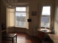 1 bed and 2 bed flats in Eversley Road, Swansea SA2 9DF (Within same House)