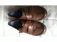 Size 5 Brown Leather Clarks Walking Shoes