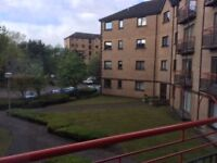 3 Bedroom Flat to Rent In Riverview Drive Next to Quay