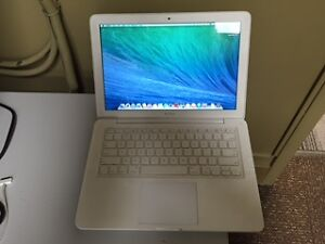 13-inch White mid 2010 unibody MacBook 7,1: $220