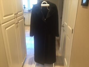Diana Gallessi Full Length Wool & Mohair Winter Coat size 8