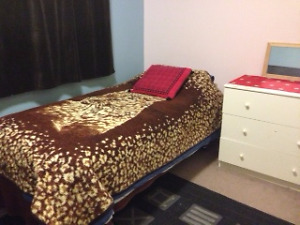 ROOM AVAILABLE BY U OF MOUNT ROYAL