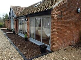 1 & 2 bed holiday home short term from 2nd Dec - Norwich, Norfolk, NR9 parking, wifi, inc all bills