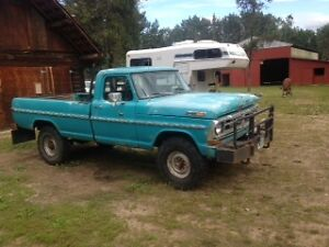 1972 F 250 4 x 4 HIGHBOY (USA TRUCK)
