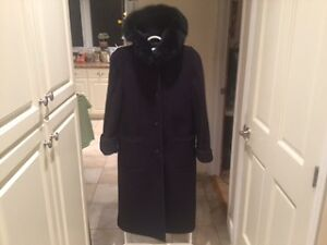 London Fog Full Length Winter Coat with Faux Fur Collar West Island Greater Montréal image 1