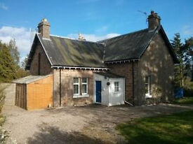Fully furnished spacious detached property in great location-viewing essential!!