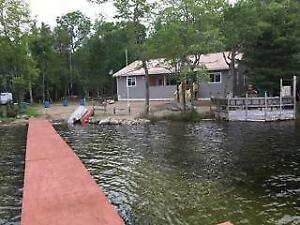 Rhodie's Rest Bed & Breakfast on beautiful Zwickers Lake anna.c