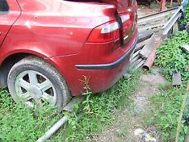 renault LAGUNA rear bumper Breaking for parts in GATWICK AREA