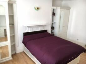 massive double bedroom to let in a quiet and residential area. close to london bridge main line