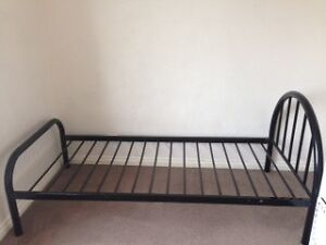 Gecko Single Bed Black color (2x) Preston Darebin Area Preview