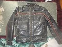 * REDUCED * LEATHER BIKER JACKET ** SIZE M ** CHEST 38-41 ** NICE CONDITION ** CLACTON
