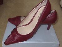 Brand New! Viva La Diva Dark Red Leather Shoes