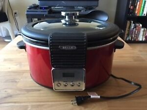 5QT Red Slow cooker - Female owned