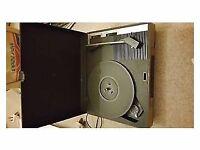 Retro Fidelity HF42 Portable Record Player