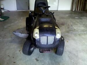 Murray 22HP Lawn Tractor