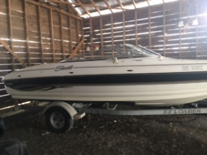 2004 Seaswirl Bowrider-low hours/excellent condition.