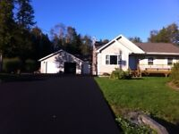 Kingsway subdivision: 4 bedroom Bungalow: Fanatastic backyard