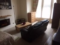 Large Furnished Bed sit to rent in Little Sutton