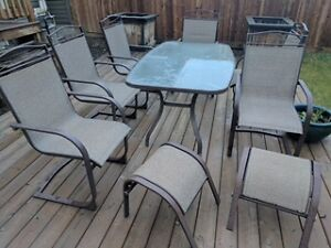 Patio Set for Sale, excellent condition! Ft McMurray