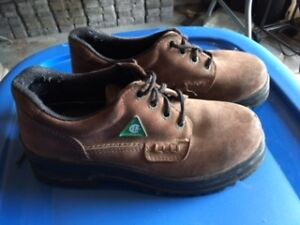 Women's CSA Approved Safety Shoes