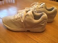 White adidas ZX flux. In great condition. Size 10