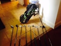 Set of golf clubs incl. bag, fairly new, for 6-10 years old, left handed