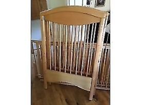 mammas and pappas wooden cot