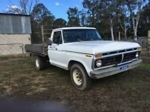 F250 Cleaveland straight gas, registered Auto Box Hill The Hills District Preview