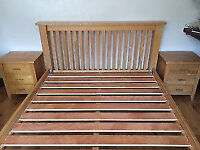 Beautiful and elegant solid oak king size bed frame, very good condition, 5ft wide, NO mattress