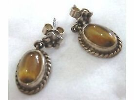 VINTAGE TIGERS EYE EARRINGS.