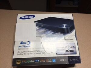 SAMSUNG Blu-ray Disc player - BD-F5700