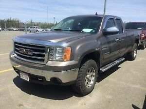 2012 Chevrolet 1500 SLE 4x4 crew cab 5.3 great price!