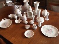 26 Piece Aynsley China Collection (Little Sweetheart)