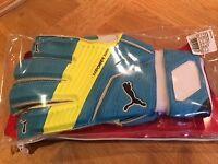 Goal keeper gloves - adult Puma