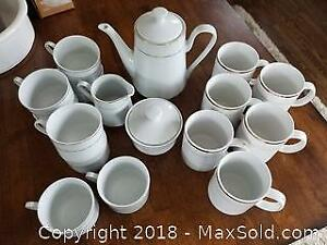 """Coffee/Tea Service """"Gallery"""" by Inhesion"""