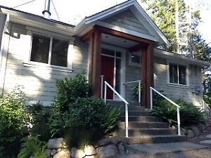 For Rent - Sproat Lake 2 BR home with beach and view