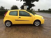 Fiat punto 1.2 active ,, very low miles ,, long mot
