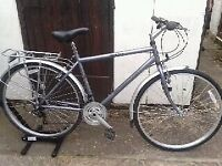 WINDERMERE REFLEX CLASSIC HYBRID BICYCLE in Very Good Condition.