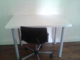 White tabel