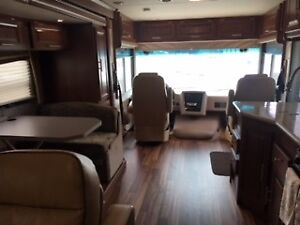 2014 Georgetown 335 DS Class A Motorhome