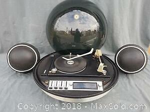 Electrohome Mariner 862 Bubble Top Stereo and Turntable