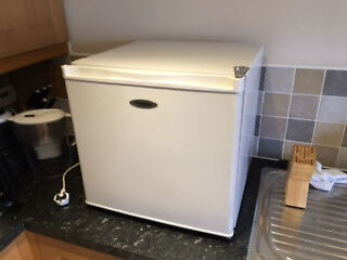 Counter top Freezer (45l capacityin Long Ashton, BristolGumtree - 45l Counter top freezer In full working order Made by Fridgemaster Missing middle shelf (see pic) could be substituted with little effort
