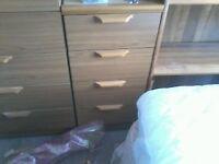 Schreiber chest of drawers
