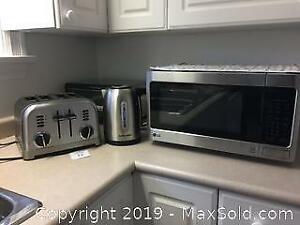 Cuisinart Toaster, Kettle, Microwave and Toast oven